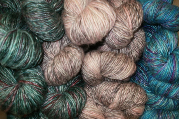 Natural, hand-dyed wool in gorgeous colours.