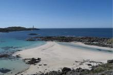 Bay MacNeil Beach
