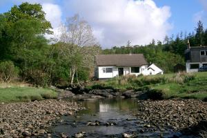 Loch View Cottage